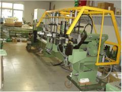 Automatic machine for sawing up and processing of