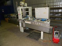 Automatic machine for packaging of stickers