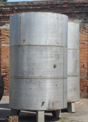 Емкость нержавеющая на 7 м.куб. вертикальная