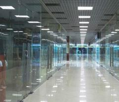 Trade partitions glass | Sokolglass