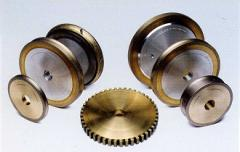 Peripheral diamond wheels sector and with a