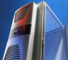 Настенный кондиционер для охлаждения серверного