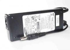 Блок питания Samsung NP-R522-AS04 19V 4.74A 90W 5.5/3.0 конус Копия