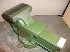 Тиски слесарные 200 мм ГОСТ 4045-75