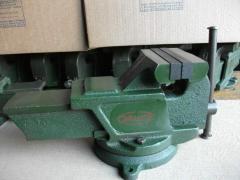 Тиски слесарные 160 мм  ГОСТ 4045-75
