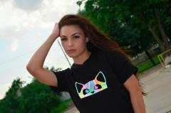 Модная женская футболка с  рефлективным рисунком,