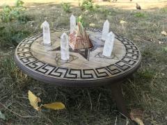 Алтарный столик круглый