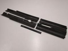 Облицовка порога ВАЗ 2121 (пластик) к-т.