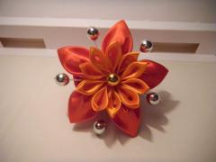 Flower Harmony of a kanzasha on an elastic band