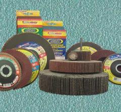 Abrasive on a flexible basis