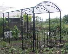 Shod arbors garden