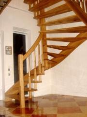 Лестница деревянная:проэктирование, изготовления,