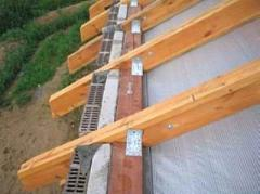 Rafters under canopy metal