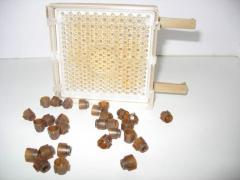 The equipment for beekeeping