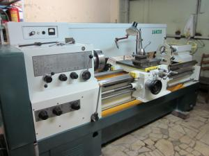 Machines turning and screw-cutting fashions.