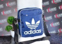 Спортивная синяя сумка Адидас