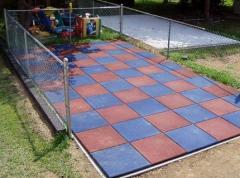 Гумова плитка для дитячих майданчиків від
