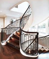 Лестница винтовая классическая