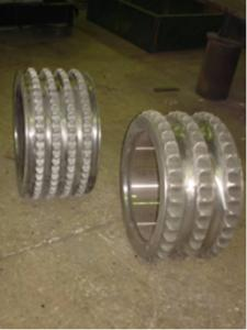 Pressing rings for roller briquetting press