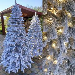 Литая елка c подсветкойЗаснеженная Елитная 1.80м