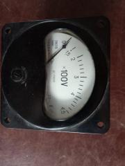 Вольтметр щитовой Э8019
