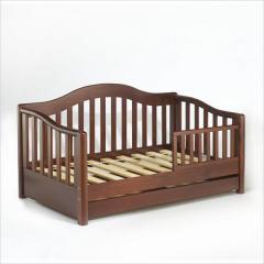 Кроватки деревянные детские, материал сосна.