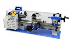 Turning machines for woodwork