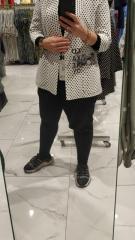 Женский деловой пиджак черный в черный горошек