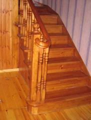 Лестницы деревянные от производителя,  материал