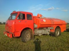 Cars special fuel-servicing trucks for rent of