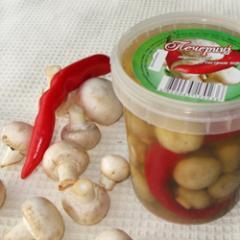 Грибы маринованные шампиньоны с острым перцем, 500