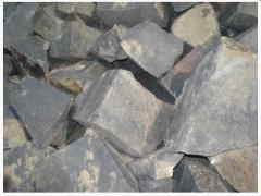 Камень бутовый гранитный. Используется для