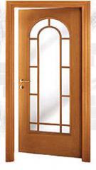 Двери межкомнатные из массива древесины