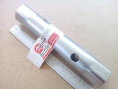 Ключ трубчатый 30х32 мм Inter Tool (XT-4130)
