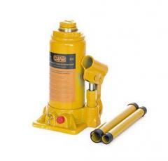 Домкрат (гидравл.) бутыл. типа 8 т. (в картонная упаковка), СИЛА (271018) подъем 200-405 мм