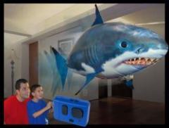 Летающая рыба акула Air Swimmers