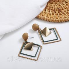 Модные сережки геометрической формы