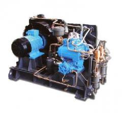 AKR-2, KR-2 high-pressure compressor,