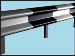 Metal safety fences (kolesootboynik or curvilinear
