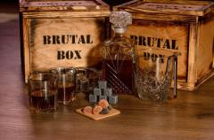 Подарочный набор Brutal Box STRONG DRINKS...