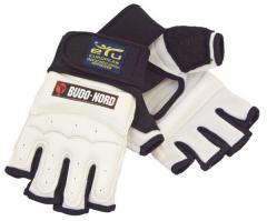 Перчатки для тхэквондо одобрены ETU