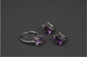 Custom Jewelry Designs amp Rare Loose Gemstones
