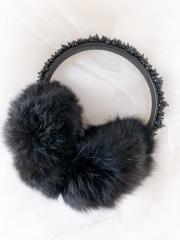 Меховые наушники чёрного цвета