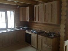 Кухонная деревянная мебель
