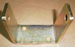 П-образное крепления подстольного цилиндра