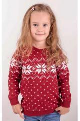 Вязаный рождественский свитер красного цвета