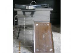 The smoking shed is corrosion-proof