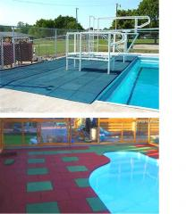 Rubber floor covering for pools