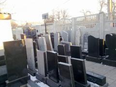 Памятники из габбро, купить памятник в Украине,