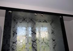 Sliding partitions glass